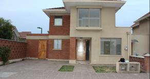 Cod. 696 Vendo casa condominio Ciudad Satélite.